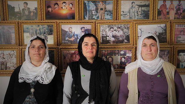 زنان پناهنده کُرد در سوگ فرزندان