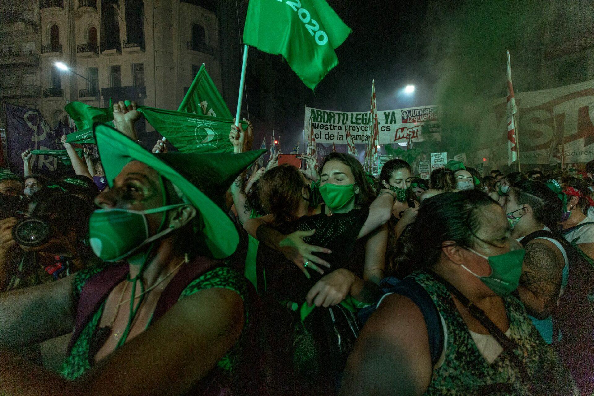 شادی طرفداران سقط جنین قانونی در آرژانتین