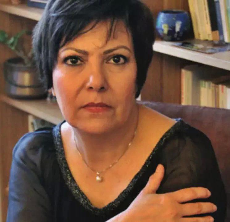 آزاده کیان افشاگری