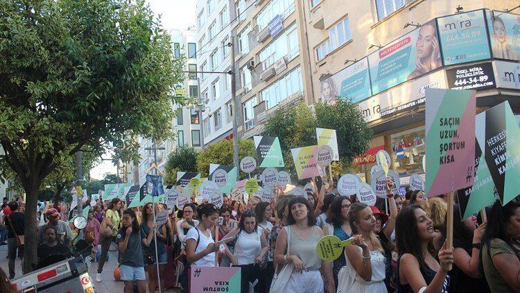 پیشگامان تغییر: جنبش زنان در ترکیه